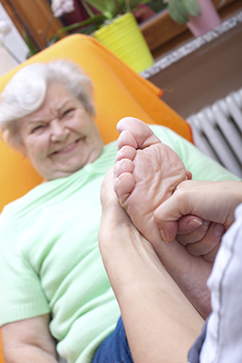 Y:\Clearwater Marketing\Podiatry Content Connection\PCC Stock Photos\elderly-feet (3).jpg